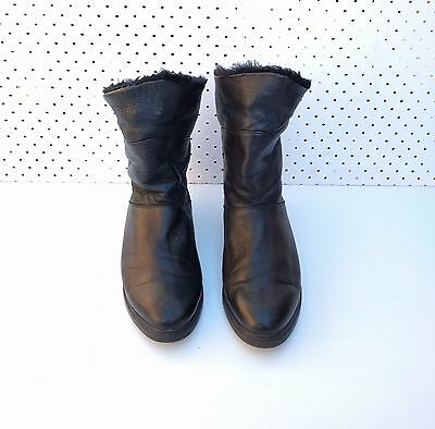 Size 7 Vintage 80s Ladies Black Flat Grunge leather boots