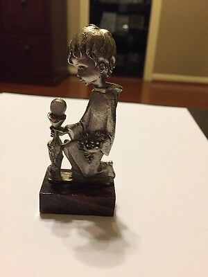 Kneeling Child - Pewter Figurine With Wooden Base - Made In Italy