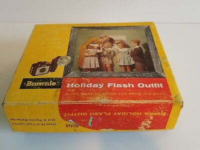 Vintage Brownie Holiday Flash Outfit with Box and Instructions