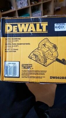 DeWalt hand held tile cutter 127V DW862BSBR new