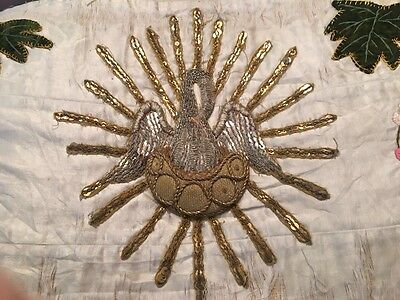 19t ANTIQUE FRENCH RELIGIOUS GOLD METALLIC HAND EMBROIDERED STUMPWORK PELICAN N2