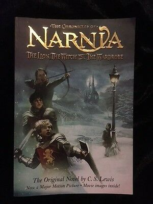 The Chronicles Of Narnia : The Lion The Witch And The Wardrobe - Paperback Vgc