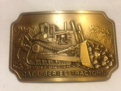 CAT L SERIES TRACTORS - Belt Buckle