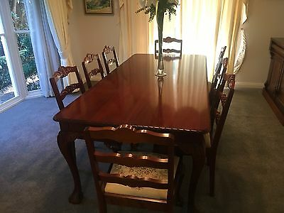 Antique Reproduction Cedar Dining Table & Chairs
