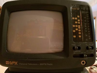 """GPX Portable 5"""" Black and White Television with AM/FM Radio"""