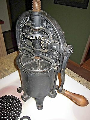 antique Enterprise sausage  / lard press cast iron CLEAN
