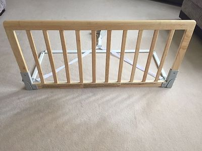 BabyDan Wooden Safety Protection Guard,  Bed Rail for Kids, Natural- 90 x 43 cm