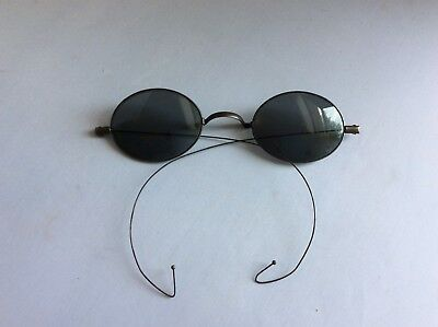 Vintage Wired Rimmed Sunglasses