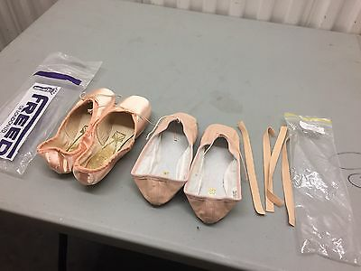 Freed Of London Classic Pointe Shoes Size 4 1/2 X  And Bloch Slippers 4 1/2