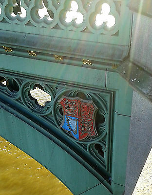 An original shield of the coat of arms of England from Westminster Bridge.