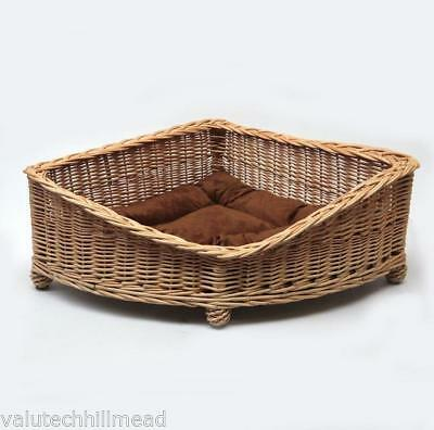 Prestige Wicker Willow Pet Corner Basket, Medium 33cm H x 74cm W x 74cm D