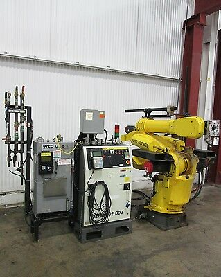 FANUC 6-Axis Heavy Duty Robot & Control System - Used - AM15641