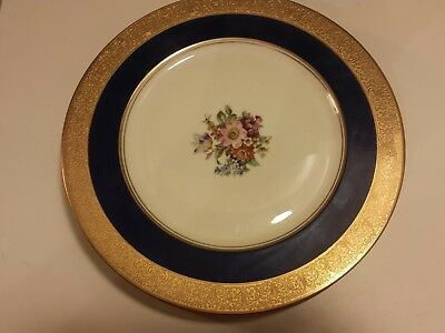 5 Heinrich H&C Heavy Gold Encrusted , Small Floral Center Dinner Plates