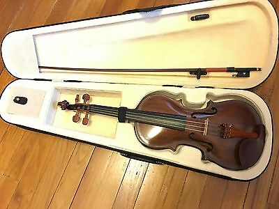 4/4 Full Size Violin labeled DN Amati Amazing Condition Beautiful