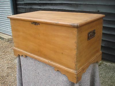CHARACTERFUL 19th CENTURY PINE BLANKET BOX CHEST TRUNK ANTIQUE VICTORIAN