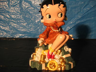Betty Boop Collectible Figurines Lot Music Box Bank Ski Bunny Moonglow Loved You