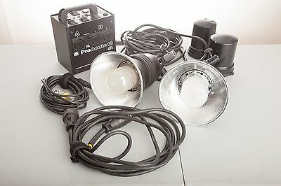 Profoto Acute 12 Alfa 1200 Ws Power Supply with two heads and accessories