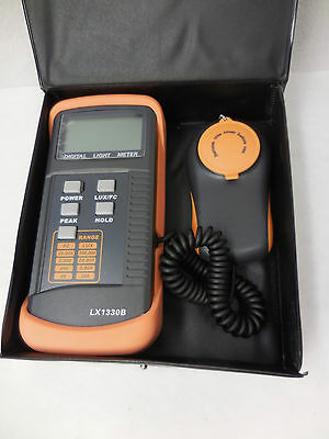Digital Illuminance Meter LX1330B