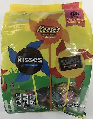 Hershey's, Reese's, Kisses Bulk Assorted Pack 205 Pieces
