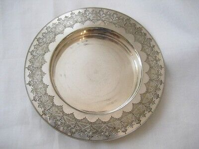 'fenton Brs. ' Silver Plated Engraved Deep Plate, Lovely Pattern Around The Edge