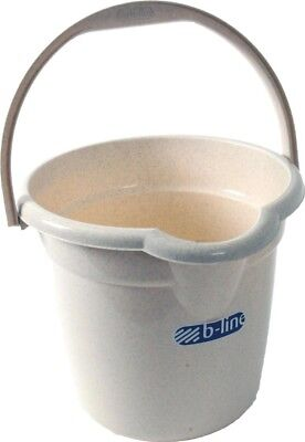 Quest Leisure - 12Litre Plastic Bucket with Handle - Oatmeal