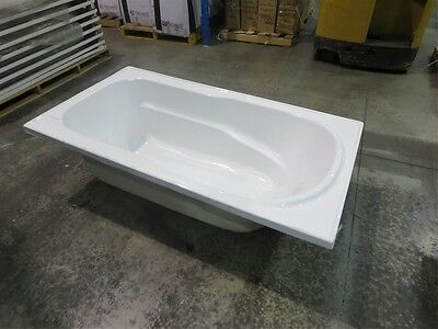 Bath Tub Europa White Rectangle 1680 x 900 mm Acrylic Drop In Style with Armrest