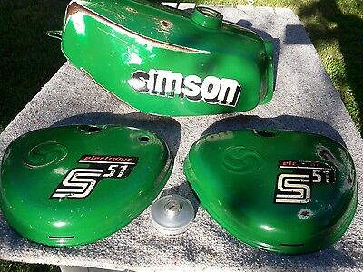 Simson Tank Seitendeckel Lackset moosgrün original DDR Patina