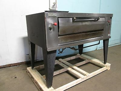 """"""" Vulcan - Hustler """" Heavy Duty Commercial Natural Gas Stone Deck Pizza Oven"""