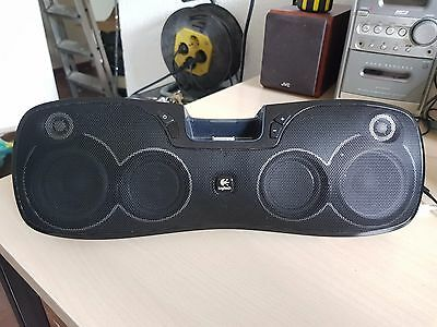 Logitech Rechargeable Speaker S715i for iPod and iPhone Complete in Good State
