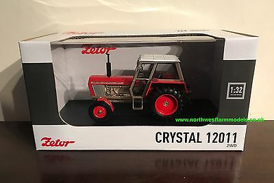 1972 UNIVERSAL HOBBIES 1//32 SCALE ZETOR CRYSTAL 120.11 2WD 4984 **IN STOCK**