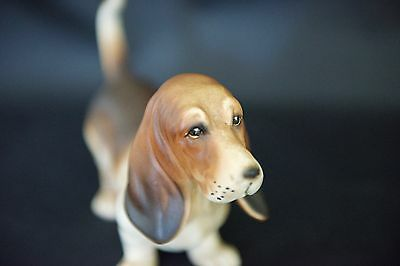 RARE NUMBERED Hand Painted HIGHLY DETAILED Basset~Blood HOUND Bisque Porcelain
