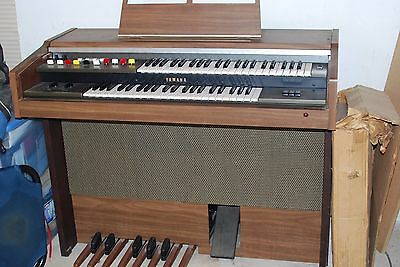 Vintage Yamaha Electone Organ in good condition with unassembled bench