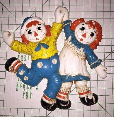 1977 The Bobbs-Merrill Co. RAGGEDY ANN & ANDY Wall Plaques Dancing