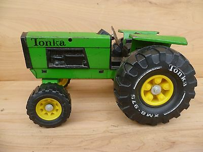 Vintage Old Large Size Green Tonka Tin Toy Tractor, Old Toy (F241)