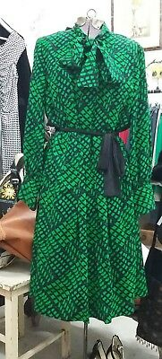 Vintage 'Frede of Sydney' green/navy dress. Circa 1970. Size 14. Cotton.