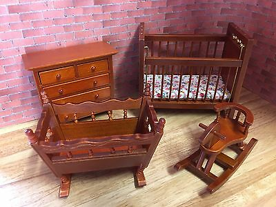 MINIATURE DOLL HOUSE 12TH SCALE WOODEN FURNITURE SET (D) nursery bedroom