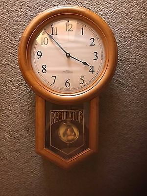 WOOD CLOCK Pendulum Chime •••