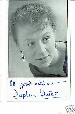 Daphne Slater Television Actress Hand Signed Postcard with clipping  5 x 3