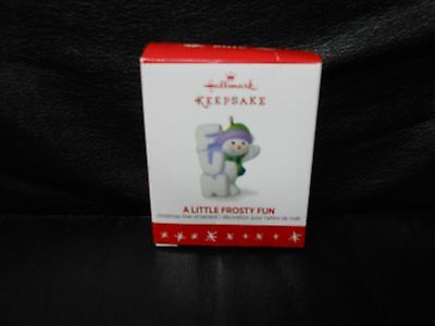 "Hallmark Keepsake ""A Little Frosty Fun"" 2016 Miniature Ornament NEW"