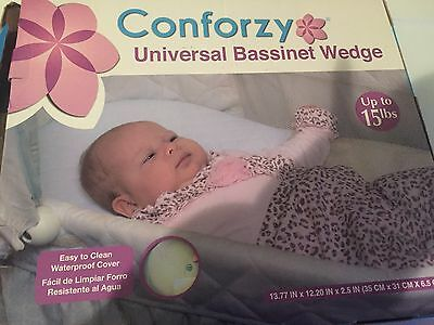 "Conforzy Universal Bassinet Wedge (13.77"" x 12.20"" x 2.55"") In Box"
