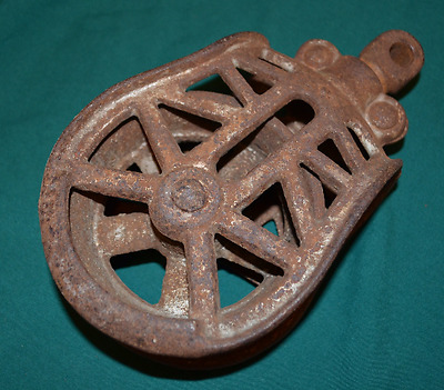 Reclaimed Vintage Ornate Hay Trolley Pulley Hoist Antique Cast Iron H254 1900's