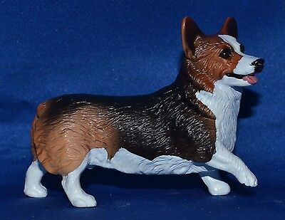 Breyer~Classic~2009-12~Animal Rescue~Tricolor Welsh Corgi~Dog~Companion Animal