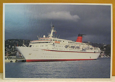 M V Cunard Countess 17,593 tons Length 537 feet Breadth 74.8 feet Postcard