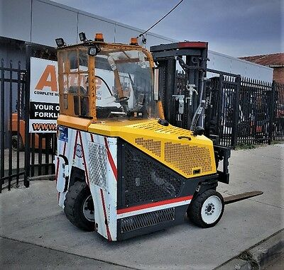 Combilift Forklift 4 Ton w/h Positioner Camera Low Hours $54,999+GST Negotiable