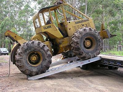 11 Tonne Capacity Backhoe Tractor Machinery Ramps 3.7 metres x 600mm track width