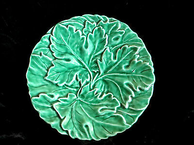 """VINTAGE SARREGUEMINES DIGOIN FRENCH FAIENCE GREEN MAJOLICA LEAVES 7"""" PLATE ref#2"""