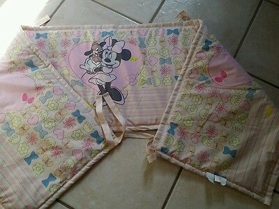 tour de lit DISNEY MINNIE FILLE  TBE