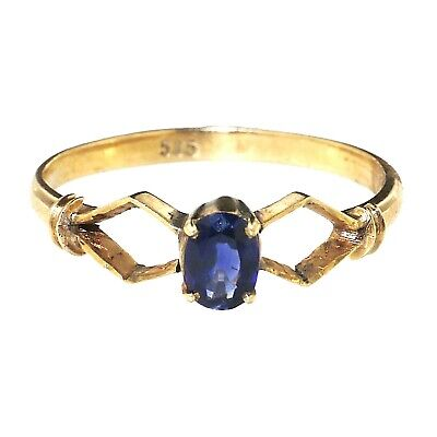 (1666) Sapphire and gold ring