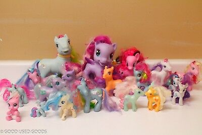 Lot of 20 My Little Pony Figures Large and Smaller 2002 and Older