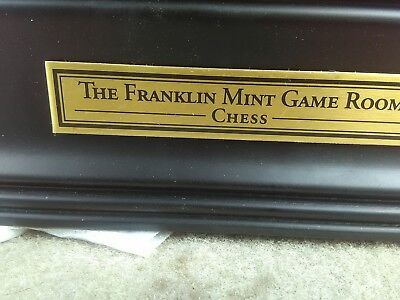 Franklin Mint Giant's of the Gridiron chess set